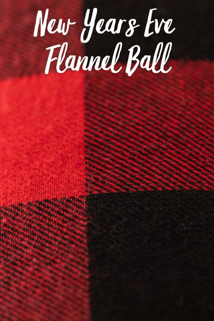 Want to go to a New Year's Eve party in your flannel pajamas? Don your best flannel ware and head out to the Homie Flannel Ball in downtown Phoenix this year!